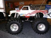 Vintage Kyosho USA-1 monster truck clodbuster