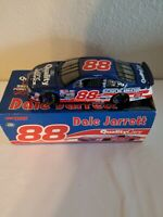 1998 Dale Jarrett #88 Quality Care Ford Taurus 1:24 NASCAR Die-Cast PreOwned