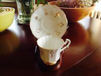 VINTAGE TAYLOR & KENT RED ROSE CUP OF FORTUNE GOLD TRIMMED TEACUP & SAUCER