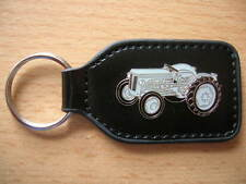 Schlüsselanhänger Ferguson TE20 / TE 20 grau grey Traktor Bulldog Art. 7026