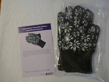 New listing Temp-tations Oven Safe Gloves with Silicone Accents, Black, Small, New