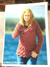 Knitting Pattern for Woman's Jacket, Deep Chevron Texture, dk, 32-42""