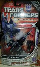 Transformers Universe Generation 1 Series Cyclonus Hasbro