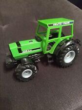 Deutz Fahr DX 4.70 Traktor Trecker Schlepper mit Lenkung - grün - Siku