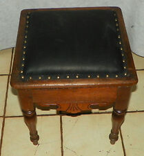 Solid Walnut Shoe Shine Box / Footstool / Stool (St159)