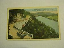 Dixie Sight-Seeing Auto At Jones Bluff, Tenn. 1930's Post Card (GS19-41)