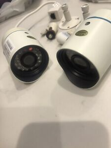 2 X Zmodo 720p Cameras. Good Condition.