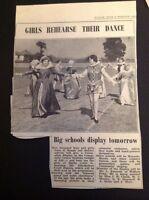 L1-9 Ephemera 1953 Slough Picture Girls Baylis Court Coronation Display