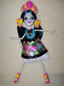 Monster High Skelita Calaveres - Adult Collector Doll.EX DISPLAY, COMPLETE,MINT!