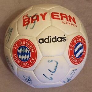 FC Bayern München Autogrammball Original Unterschrieben