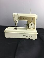 VINTAGE 1960's SINGER LITTLE TOUCH & SEW SEWING MACHINE with CARRY CASE. B7