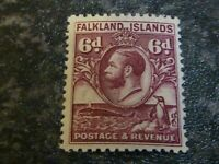 FALKLAND ISLANDS POSTAGE & REVENUE STAMP SG121 6D PURPLE LIGHTLY MOUNTED MINT
