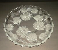 """Crystal Clear Studios Sectional 13"""" Chrysanthemum Divided Glass Serving Platter"""