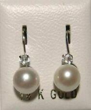 Echter Ohrschmuck aus Weißgold mit Perle als Nebenstein