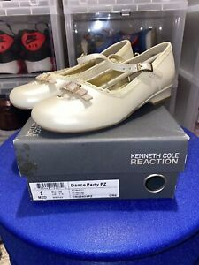 Girl's Kenneth Cole Reaction Dance Party PZ Dress Shoe YOUTH Size 2 #CR23403PZ