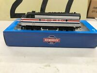 Athearn Roundhouse HO Scale Amtrak F7A Powered Diesel Locomotive # 102 RTR NOS
