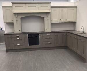Dust Grey Grained Paint Effect Shaker Kitchen 10 Units RIGID BUILT NOT F/PACK