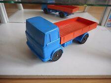 NP Vinyl Mercedes Truck in Blue/Orange
