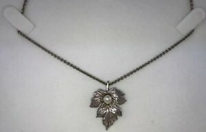 Vintage Sterling Silver Pearl Flower Pendant & Chain Necklace