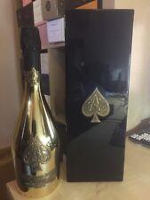 Champagne Armand de Brignac con asticcio in legno lucido