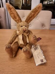 Russ Brisbane the Rabbit #7165/25,000 Mohair Collection With Certificate