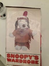1958 VINTAGE RETIRED SNOOPY OUTFIT INDIAN NATIVE FEATHER collectors 4926 peanuts