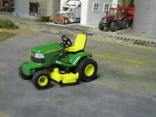 1/32 Ertl John Deere Riding Lawn Mower