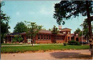 Holmes Hall, Tougaloo Southern Christian College, Tougaloo MS Vtg Postcard B58