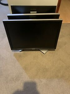 """Dell 2009Wt 20"""" inch 1680x1050 16:10 LCD Display Monitor Screen + Cables"""