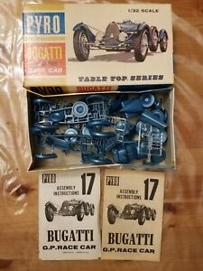 Set of 2 Pyro vintage plastic 1:32 Bugatti Grand Prix race car model kits