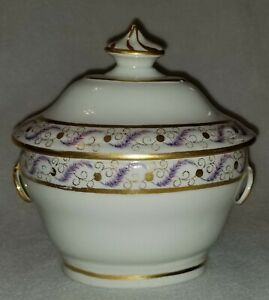 English C.1800 Georgian Porcelain Covered Sugar Box Pattern 196 Ring Handles