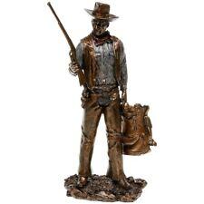 John Wayne Resin Figurine : Standing with Gun 33cm x 16cm x 9cm