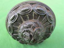 Poignée fixe ronde ancienne fonte décoré fleurs diamètre 7,8 cm porte d'entrée