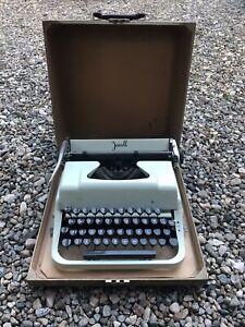 Vintage Underwood Jewell Mint Green Typewriter With Case