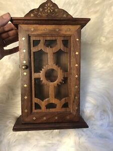 Vint Wooden  Handcrafted Key Cabinet with 6 Key Hooks and Glass Panel-Side Latch