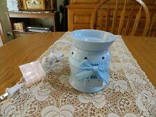 Scentsy Warmer Wax Base Dish Aromatherapy Lamp Electric Peek-A-Blue It's a Boy