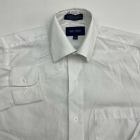 Neil Allyn Button Up Shirt Men's XS Long Sleeve White Casual Career Poly Cotton