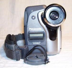 Panasonic NV-GS30B Camcorder. DV-in MiniDV tape.VGC. Excelnt cond.1-yr warranty.