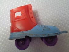 1958 Tootsie Toy Chicago Ill metal plastic roller skate shoe antique vintage