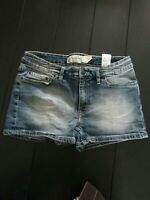 """KH&M"" MINI SHORT EN JEANS T.38/40   V/MESURES"