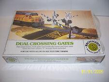 BACHMANN DUAL CROSSING GATES 46220 MIB 1970s HO SCALE