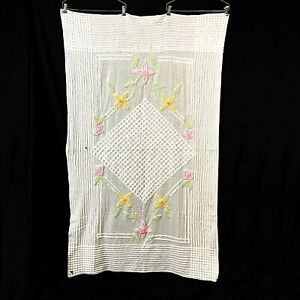 Chenille Baby Crib Blanket White Floral Cottage Core Cutter Craft Vintage 1950s