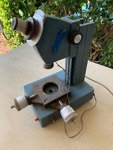 Brown & Sharpe Toolmakers Measuring Microscope D10127-1