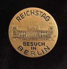 Vintage Reichstag Besuch in Berlin Pin / Brooch Gold Tone