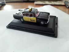 OXFORD DIECAST TAXI  BOXED  00 GAUGE