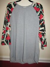 LuLaRoe Randy, 3XL, Gray with Black and White and Red Roses, Damaged NWT