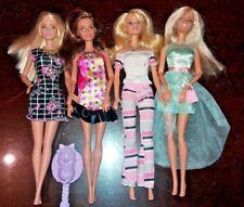 Lots of 4 Barbie fashionistas dolls