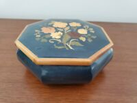 BEAUTIFUL BLUE INLAID WOOD FLORAL MUSIC BOX LARAS THEME ECLECTIC HOME DECOR