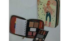 Agenda Set de Maquillaje Amarilla Pinaud