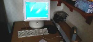 Vintage Apple imac G4 17in  with keyboard and mouse excellent condit